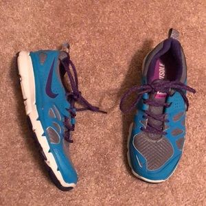 Nike flex trail shoes, size 6 & great condition!